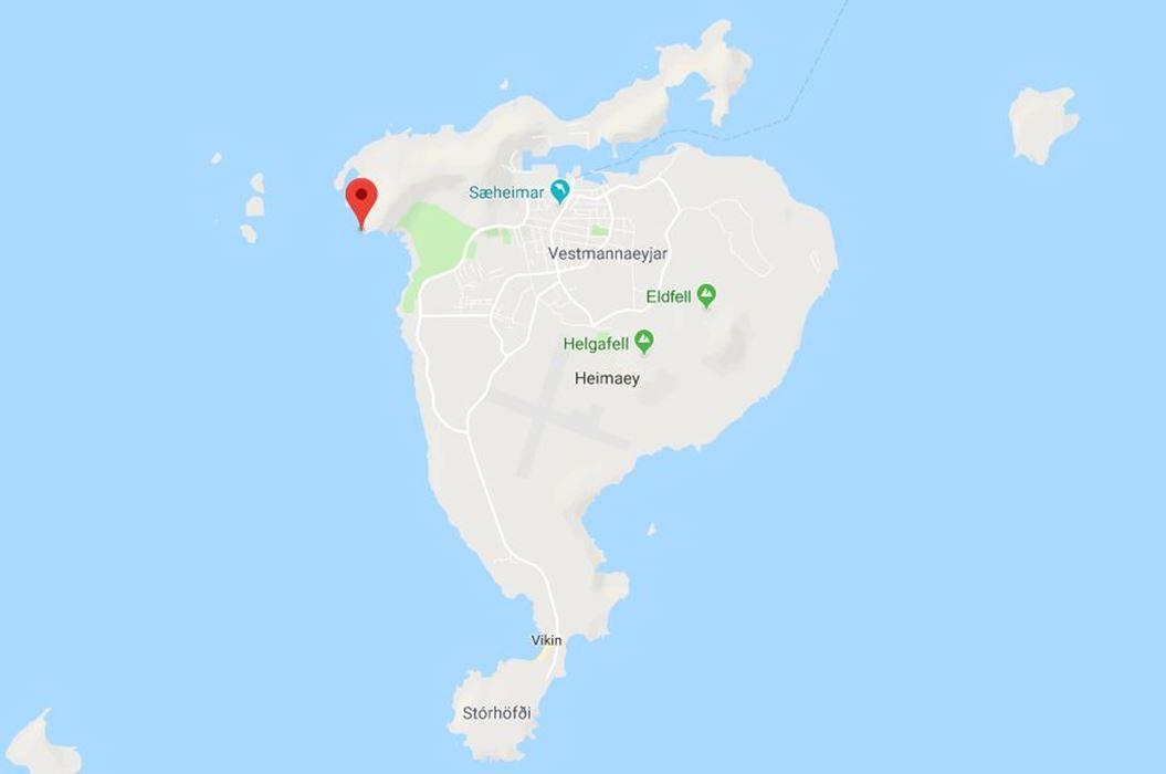 elephant rock location in Vestmannaeyjar