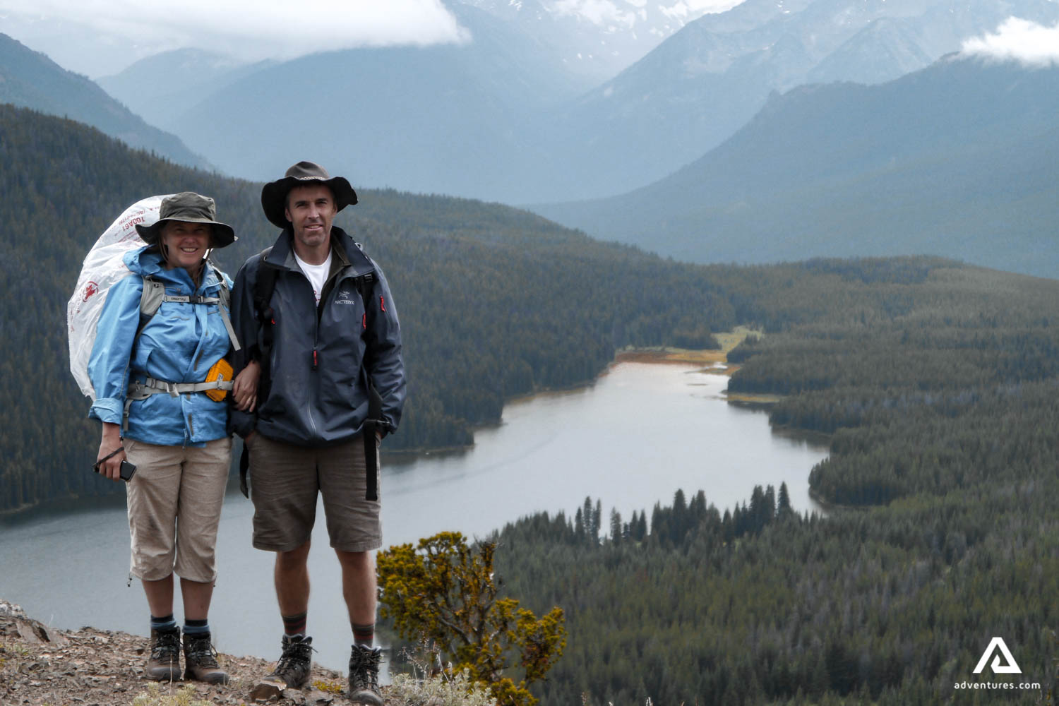 A couple on a backpacking tour