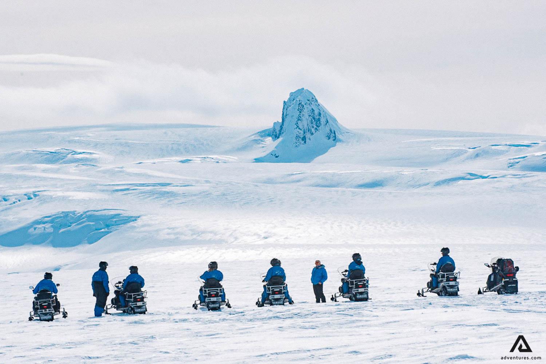 Guided snowmobile tour in Vatnajokull