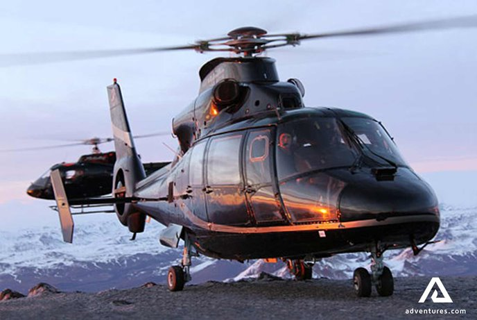 volcanoes and glaciers helicopter