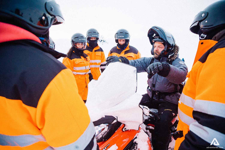 Snowmobile Guide