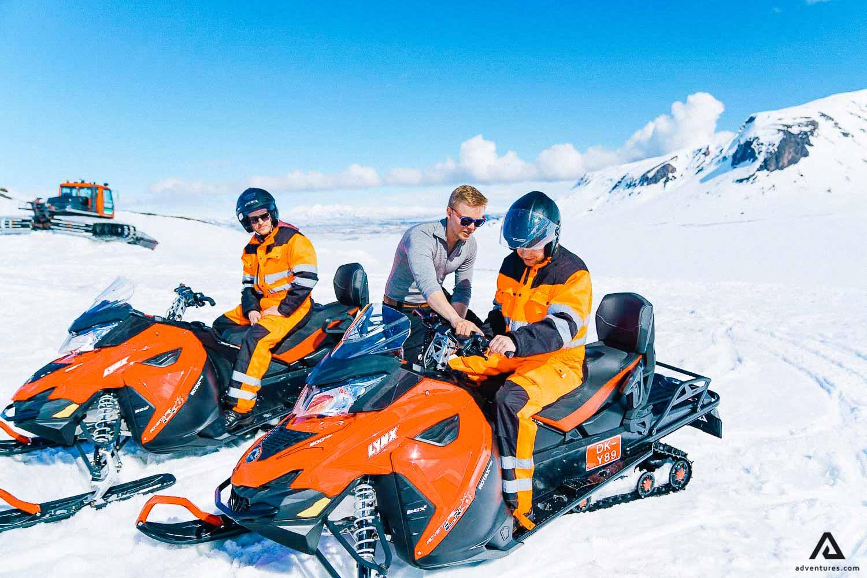 Glacier Snowmobile Guided Tour