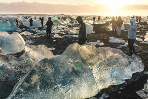 South Coast, Jokulsarlon Glacier Lagoon & Diamond Beach - Day Tour