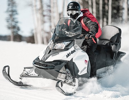 Snowmobiling day tours in the Laurentians near Montreal