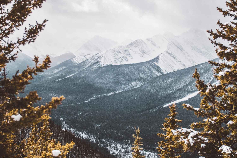 Mountain ranges in Alberta