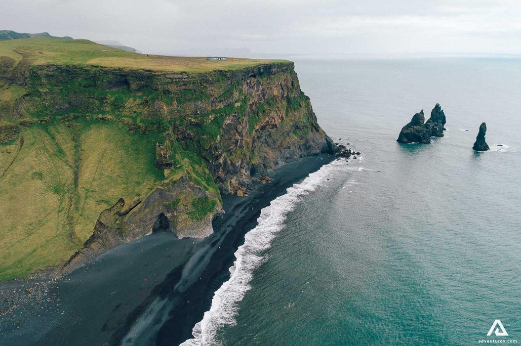 Plage de Reynisfjara au Sud de l'Islande