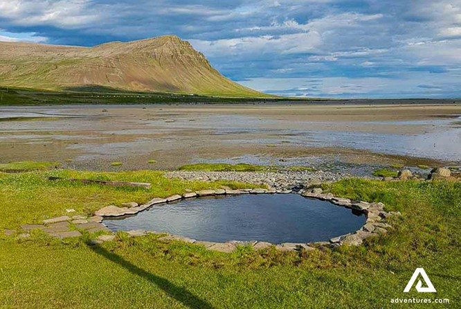 A Complete Guide to Best Natural Pools in Iceland that are Free!