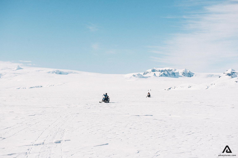 Glacier Snowmobile Tour