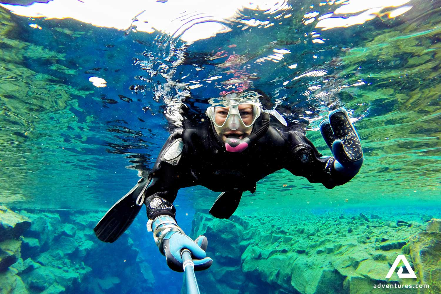 Snorkeling vs  Scuba Diving: What's the difference