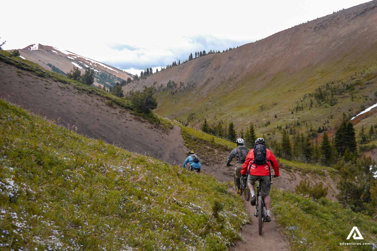 A group of cyclers in the mountains