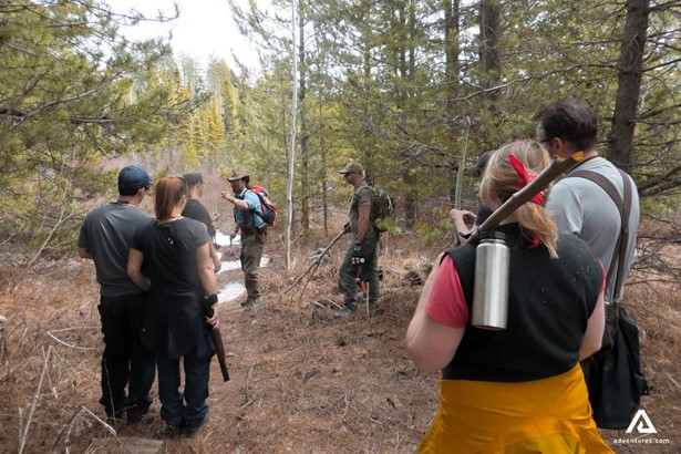 People learning Bushcrafting